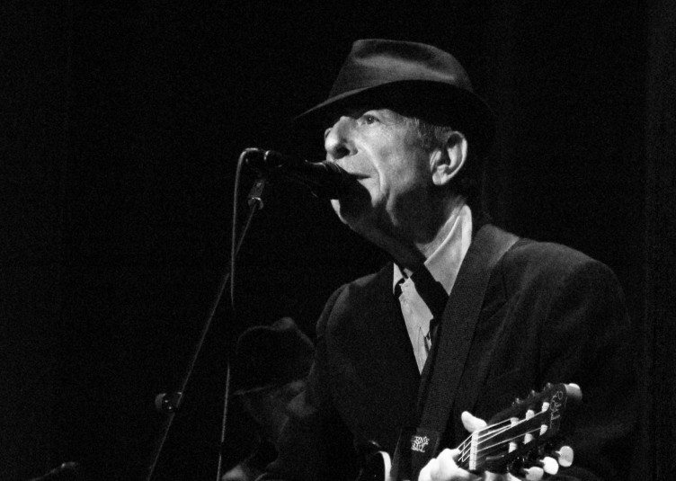 Leonard Cohen playing live